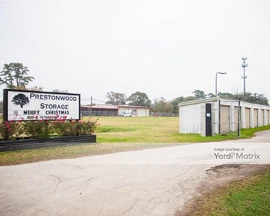 Storage Units for Rent available at 13118 Schroeder Road, Houston, TX 77070 Photo Gallery 1