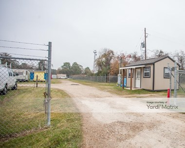 Storage Units for Rent available at 13635 Perry Road, Houston, TX 77070 Photo Gallery 1