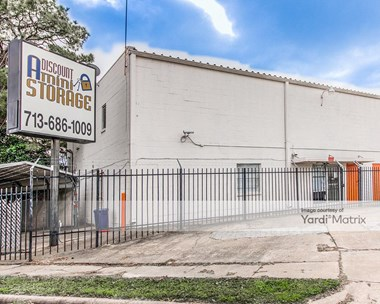 Storage Units for Rent available at 3735 Mangum Road, Houston, TX 77092 Photo Gallery 1