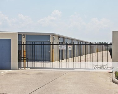 Storage Units for Rent available at 5820 Avenue I, Rosenberg, TX 77471 Photo Gallery 1