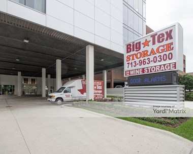 Storage Units for Rent available at 3202 Weslayan Street, Houston, TX 77027 Photo Gallery 1