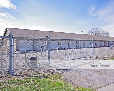 Storage Units for Rent available at 2801 19Th Street, Granite City, IL 62040 Photo Gallery 1