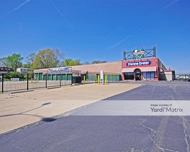 Storage Units for Rent available at 2505 Chambers Road, St. Louis, MO 63136 Photo Gallery 1