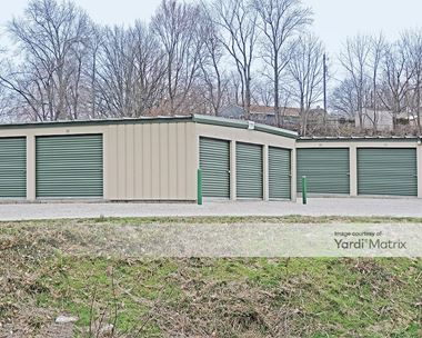Storage Units for Rent available at 1101 Centreville Avenue, Belleville, IL 62220 Photo Gallery 1