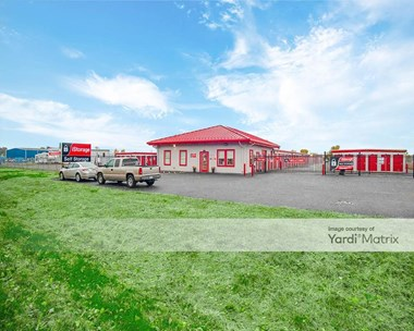 Storage Units for Rent available at 3715 Horseshoe Lake Road, Pontoon Beach, IL 62040 Photo Gallery 1