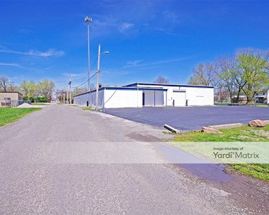 Storage Units for Rent available at 800 South 2nd Street, Belleville, IL 62220 Photo Gallery 1