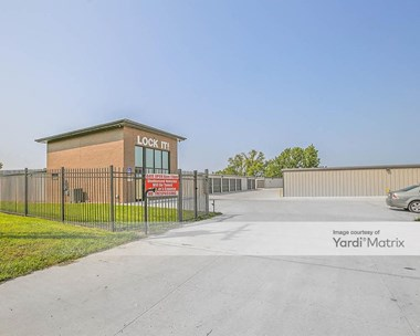 Storage Units for Rent available at 9520 1St Street, Lincoln, NE 68526 Photo Gallery 1