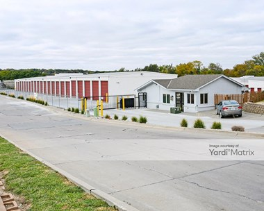 Storage Units for Rent available at 14005 Industrial Road, Omaha, NE 68137 Photo Gallery 1