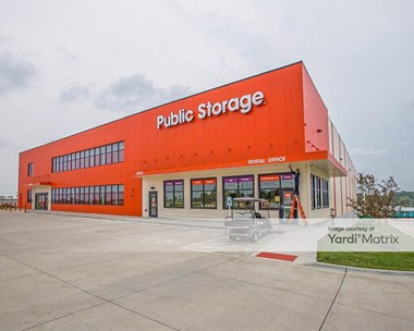 Storage Units for Rent available at 20809 Cumberland Drive, Elkhorn, NE 68022 Photo Gallery 1