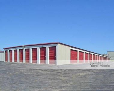 Storage Units for Rent available at 2325 Pinehurst Drive, Middleton, WI 53562 Photo Gallery 1