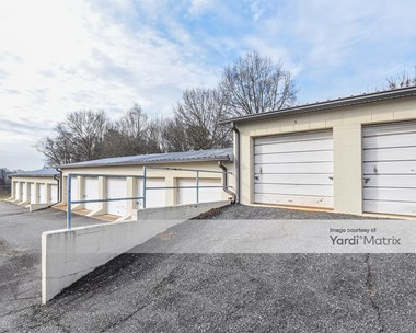 Storage Units for Rent available at 2313 West Front Street, Statesville, NC 28677 Photo Gallery 1
