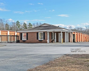 Storage Units for Rent available at 606 Greensboro Road, High Point, NC 27260 Photo Gallery 1