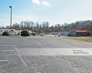 Storage Units for Rent available at 908 Greensboro Road, High Point, NC 27260 Photo Gallery 1