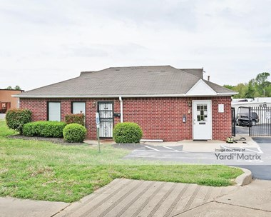 Storage Units for Rent available at 6714 Winchester Pointe Cove, Memphis, TN 38115 Photo Gallery 1