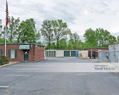 Storage Units for Rent available at 2036 Oak Tree Drive, Hernando, MS 38632 Photo Gallery 1