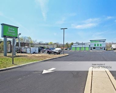 Storage Units for Rent available at 1864 US- 9, Toms River, NJ 08755 Photo Gallery 1
