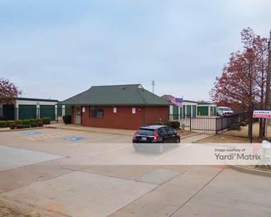 Storage Units for Rent available at 600 NW 178Th Street, Edmond, OK 73012 Photo Gallery 1
