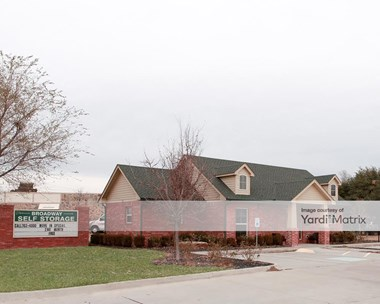 Storage Units for Rent available at 1620 North Broadway, Moore, OK 73160 Photo Gallery 1