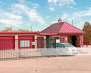 Storage Units for Rent available at 5300 North Harvey Avenue, Oklahoma City, OK 73118 Photo Gallery 1