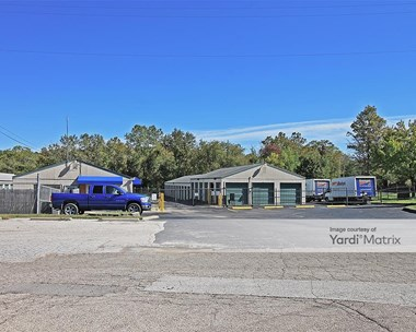 Storage Units for Rent available at 5500 State Avenue, Kansas City, KS 66102 Photo Gallery 1