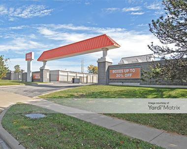Storage Units for Rent available at 12501 Hemlock Street, Overland Park, KS 66213 Photo Gallery 1