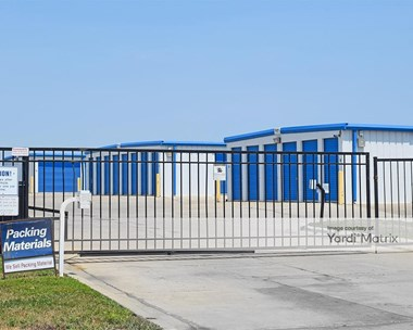 Storage Units for Rent available at 3620 Thomas Court, Lawrence, KS 66046 Photo Gallery 1