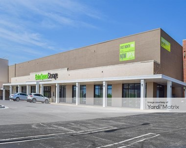 Storage Units for Rent available at 5350 North Chouteau Trfy, Kansas City, MO 64119 Photo Gallery 1