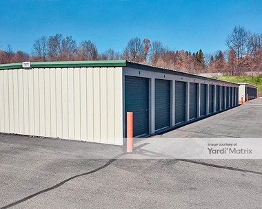 Storage Units for Rent available at 1925 North Duck Lake Road, Highland, MI 48356 Photo Gallery 1