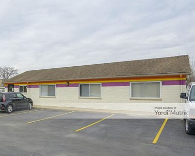 Storage Units for Rent available at 34050 West 9 Mile Road, Farmington, MI 48335 Photo Gallery 1