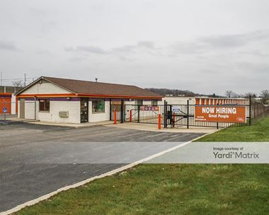 Storage Units for Rent available at 5060 Coolidge Hwy, Royal Oak, MI 48073 Photo Gallery 1