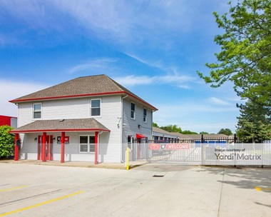 Storage Units for Rent available at 41250 Garfield Road, Clinton Township, MI 48038 Photo Gallery 1