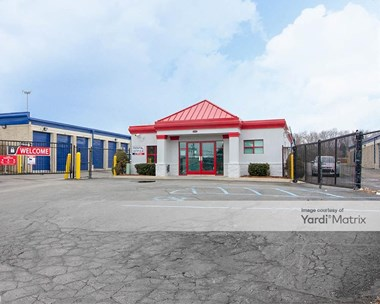Storage Units for Rent available at 24500 Sinacola Court, Farmington Hills, MI 48335 Photo Gallery 1