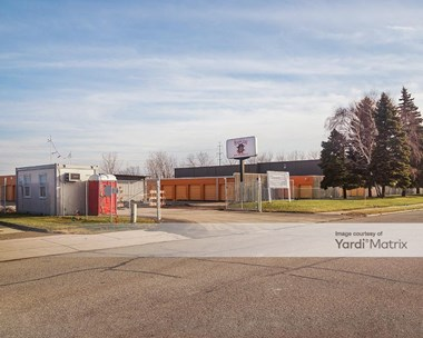 Storage Units for Rent available at 18301 Krause Street, Riverview, MI 48193 Photo Gallery 1