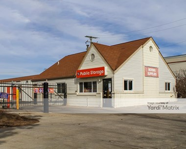 Storage Units for Rent available at 1901 East West Maple Road, Walled Lake, MI 48390 Photo Gallery 1