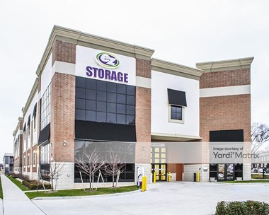 Storage Units for Rent available at 25538 Woodward Avenue, Royal Oak, MI 48067 Photo Gallery 1
