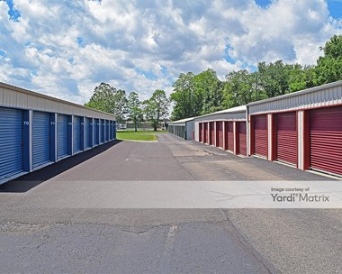 Storage Units for Rent available at 1572 East Main Street, Lancaster, OH 43130 Photo Gallery 1