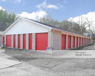 Storage Units for Rent available at 185 Lincoln Avenue Ext, Charleroi, PA 15022 Photo Gallery 1