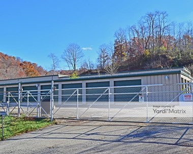 Storage Units for Rent available at 2040 Lincoln Way, White Oak, PA 15131 Photo Gallery 1