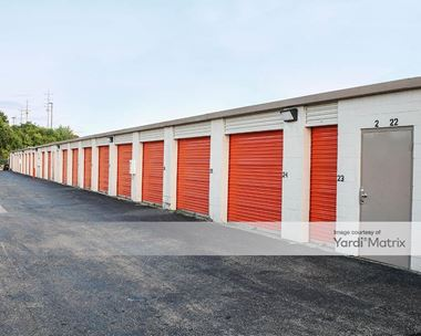 Storage Units for Rent available at 6010 Dixie Hwy, Fairfield, OH 45014 Photo Gallery 1
