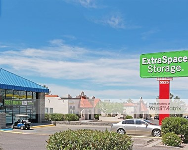 Storage Units for Rent available at 5525 North Mesa Street, El Paso, TX 79912 Photo Gallery 1