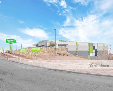 Storage Units for Rent available at 135 North Resler Drive, El Paso, TX 79912 Photo Gallery 1