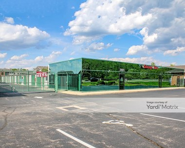 Storage Units for Rent available at 2651 West Alex Bell Road, Moraine, OH 45439 Photo Gallery 1