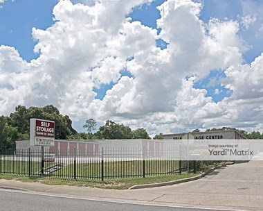 Storage Units for Rent available at 1300 SW 27Th Avenue, Ocala, FL 34479 Photo Gallery 1
