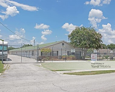 Storage Units for Rent available at 295 West Blue Springs Avenue, Orange City, FL 32763 Photo Gallery 1
