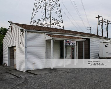 Storage Units for Rent available at 325 Clark Road, Reading, OH 45215 Photo Gallery 1