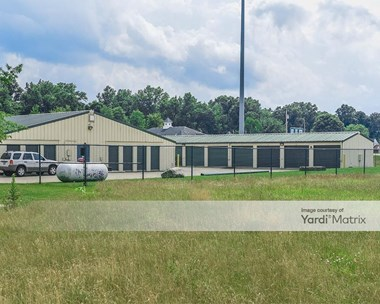 Storage Units for Rent available at 38333 Chestnut Ridge Road, Elyria, OH 44035 Photo Gallery 1