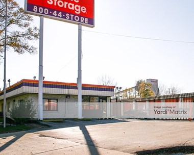 Storage Units for Rent available at 535 South 84Th Street, Milwaukee, WI 53214 Photo Gallery 1