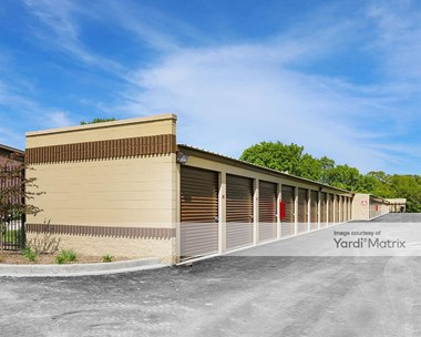 Storage Units for Rent available at 3645 West Loomis Avenue, Greenfield, WI 53221 Photo Gallery 1