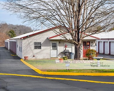 Storage Units for Rent available at 99 Oak Ridge Turnpike, Oak Ridge, TN 37830 Photo Gallery 1