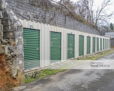 Storage Units for Rent available at 212 Everett Avenue, Maryville, TN 37804 Photo Gallery 1